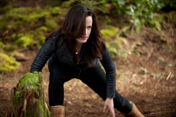 The Twilight Saga: Breaking Dawn-Parte 2 - Elizabeth Reaser 'Esme Cullen' in una foto di scena - The Twilight Saga: Breaking Dawn - Parte 2