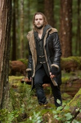 The Twilight Saga: Breaking Dawn-Parte 2 - Joe Anderson 'Alistair' in una foto di scena - The Twilight Saga: Breaking Dawn - Parte 2