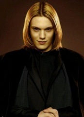 The Twilight Saga: Breaking Dawn-Parte 2 - Jamie Campbell Bower 'Caius' in una foto promozionale - The Twilight Saga: Breaking Dawn - Parte 2