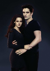 The Twilight Saga: Breaking Dawn-Parte 2 - Kristen Stewart 'Bella Cullen' e Robert Pattinson 'Edward Cullen' in una foto promozionale - The Twilight Saga: Breaking Dawn - Parte 2