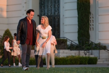 Love and Mercy - John Cusack 'Brian - Future' con Elizabeth Banks 'Melinda Ledbetter' in una foto di scena - Love and Mercy