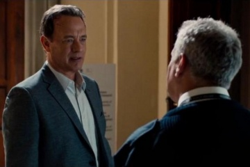 Inferno - Tom Hanks 'Robert Langdon' (a sinistra) in una foto di scena - Inferno