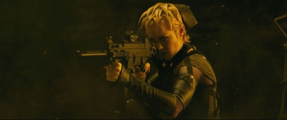 Sucker Punch - Jena Malone 'Rocket' in una foto di scena - Photo Credit: Courtesy of Warner Bros. Pictures.