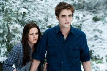 Bella Swan (Kristen Stewart), Edward Cullen (Robert Pattinson)  