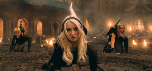 Sucker Punch - (L to R): Jena Malone 'Rocket', Emily Browning 'Babydoll' e Abbie Cornish 'Sweet Pea' in una foto di scena - Photo Credit: Courtesy of Warner Bros. Pictures.