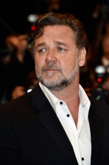 RUSSELL CROWE CANNES 2016 3 - Acciaio