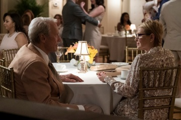 Il corriere-The Mule - Clint Eastwood 'Earl Stone' con Dianne Wiest 'Mary' in una foto di scena - Il corriere - The Mule