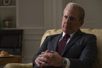 Vice-L'uomo nell'ombra - Steve Carell 'Donald Rumsfeld' in una foto di scena - Vice - L'uomo nell'ombra